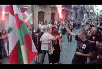 Nacionalistas Vascos Homenajean a Etarras. Pedro Insua atiende a Maestre.