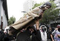 """Chile: Vandalismo contra Iglesias Católicas y la barbarie de los """"manifestantes"""" revolucionarios.-"""