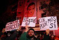 La PSOE logra detener a un peligroso y revoltoso manifestante Anti-ZPedroSnchz.-